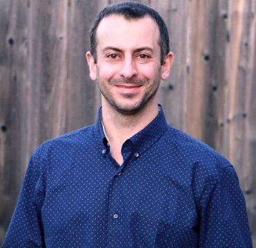 Mostafa Hosseini - Business Coach - Simple Marketing Formula Bootcamp